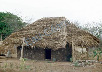 Habitation typique sur l'île de Ibo au Mozambique