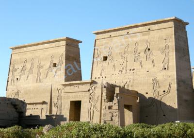 Philae, temple d'Isis, symbole de la mère idéale