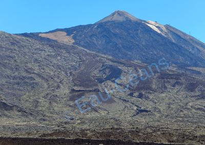 El Teide, volcan qui culmine à 3718 mètres d'altitude