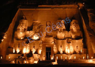 Abou-Simbel, temple de Ramsès II et Néfertari son épouse