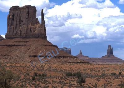 """""""Monument Valley"""", site rendu célèbre par les nombreux westerns qui y ont été tournés"""