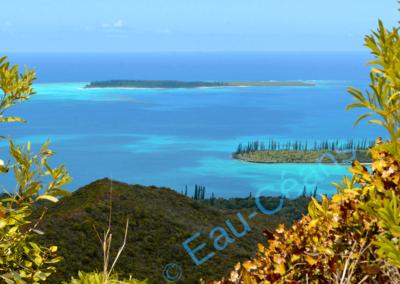 L'îlot Brosse, petit bijou cerné d'eaux limpides aux teintes féériques